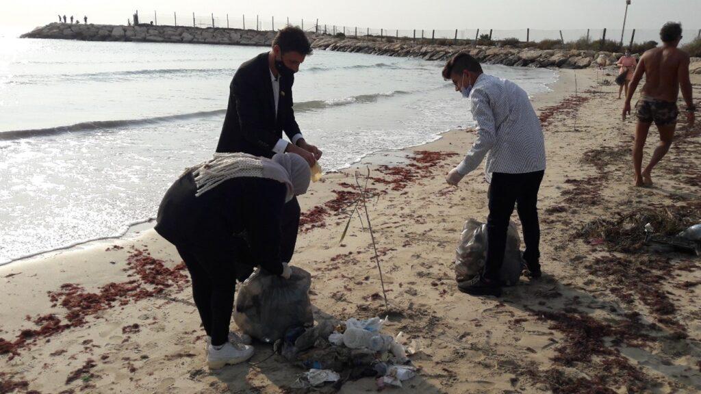 Beach litter activity in Tyre, Lebanon, November 2020 3