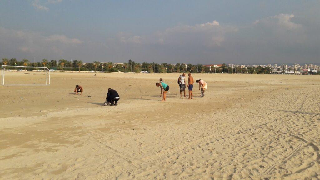 Beach litter activity in Tyre, Lebanon, November 2020 4