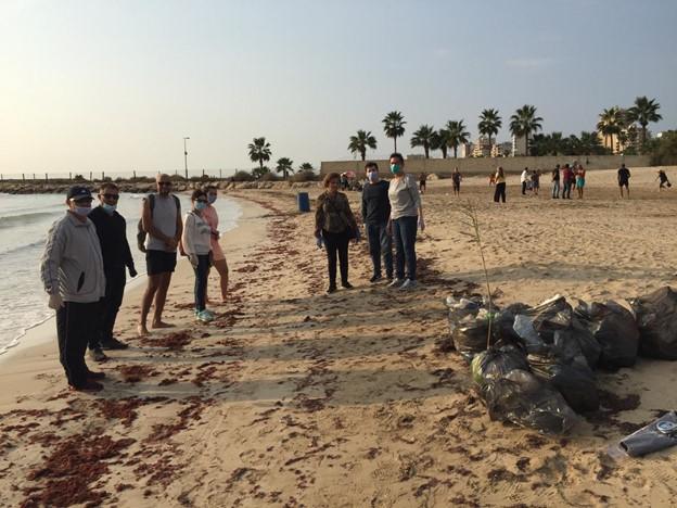 Beach litter activity in Tyre, Lebanon, November 2020 5